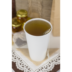 Karat Earth White 16 oz Hot Cup with Tea